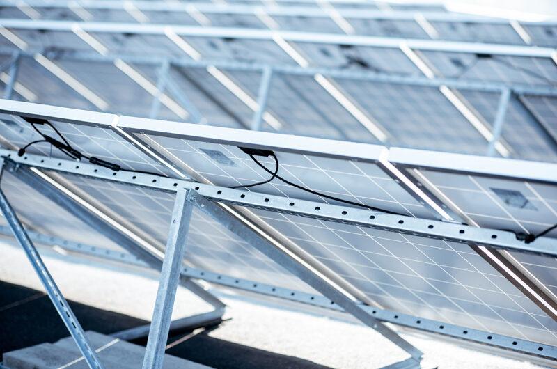 A napelem tartószerkezet segítségével válik igazán stabillá