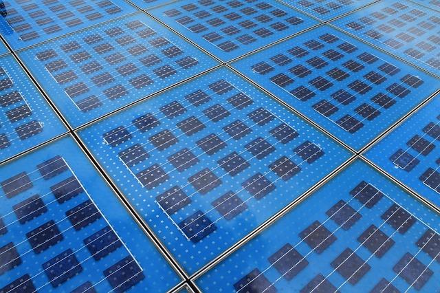 Minden, amit tudni kell a napelemes cserépről